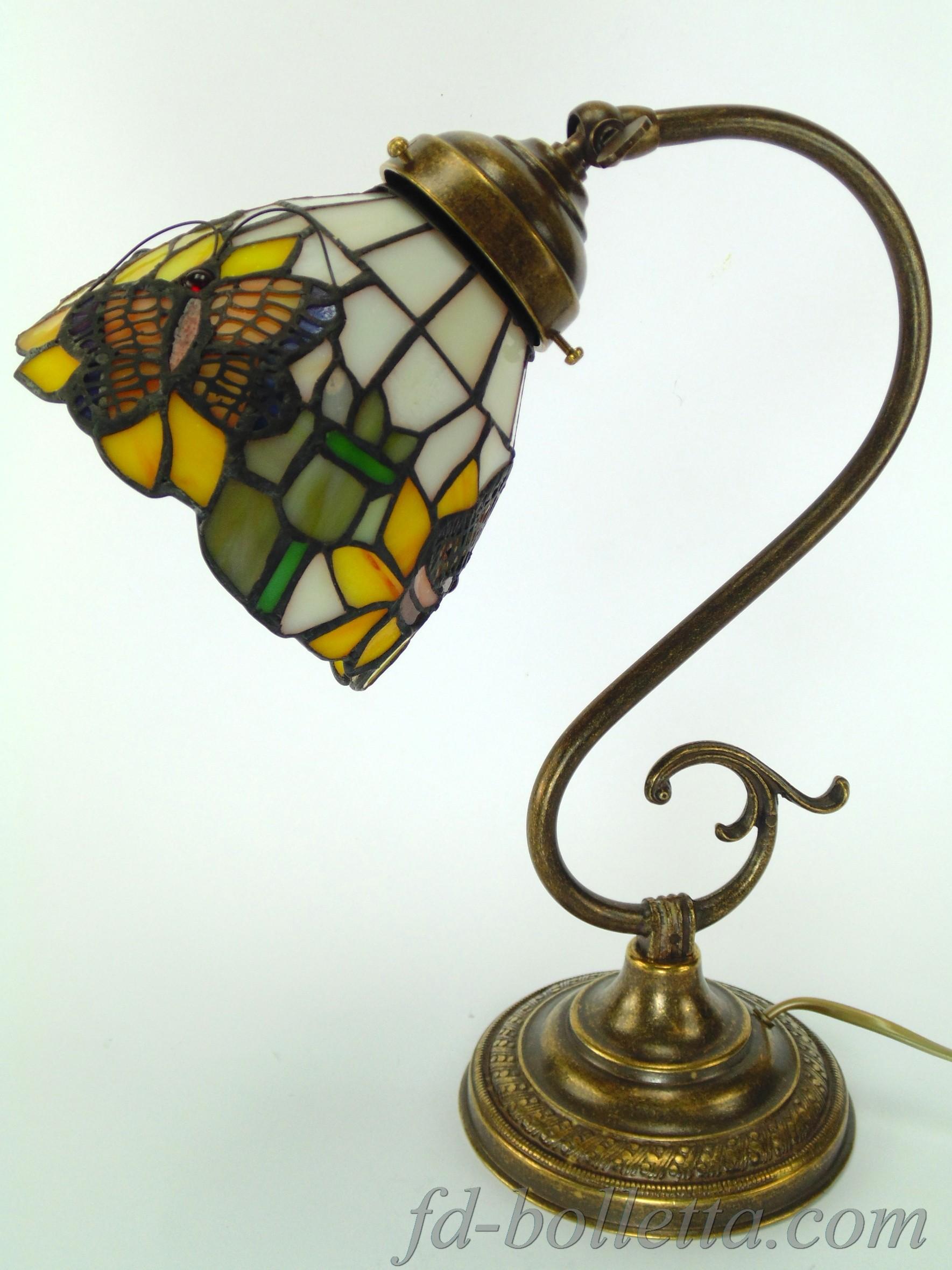 ... ottone brunito stile liberty con vetro orientabile stile tiffany